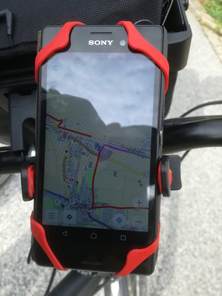 Download gpx and following the route